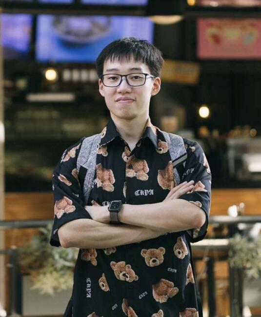 Yizheng Tan-05